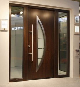 Brixia-usa casa Hormann TPS900 Dark Oak cu luminatoare laterale